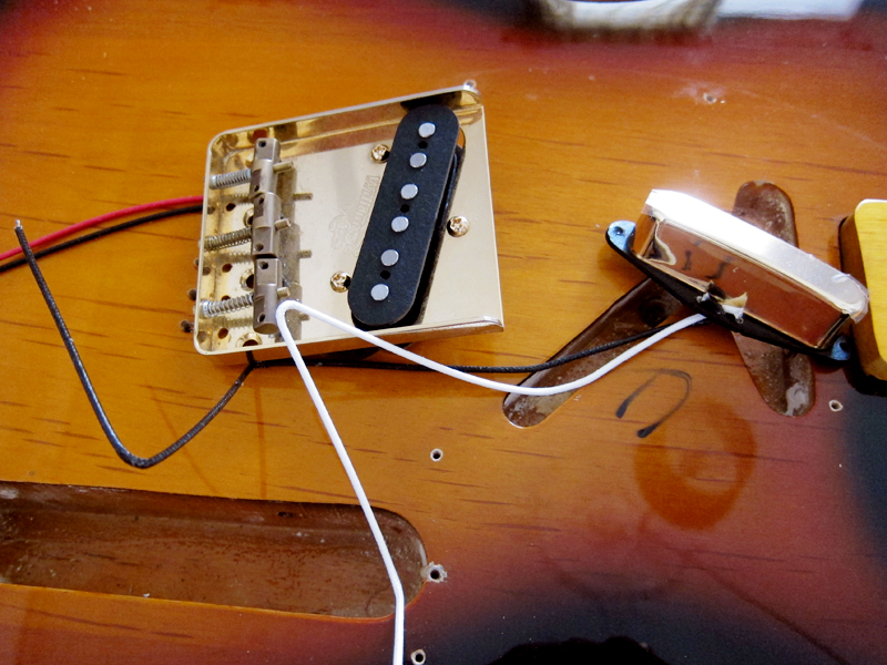 seymour duncan claescaster the new artec alnico v pickups in gold mounted on a wilkinson wtb bridge in gold of course