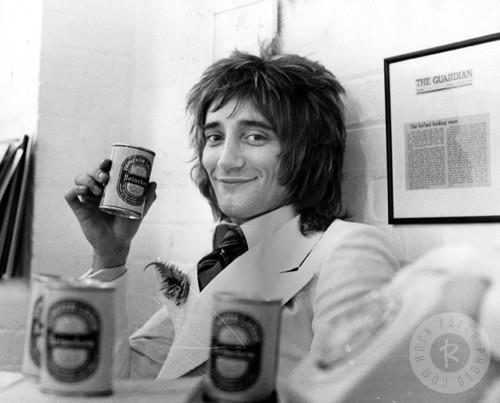 Rod Stewart drinking Hein