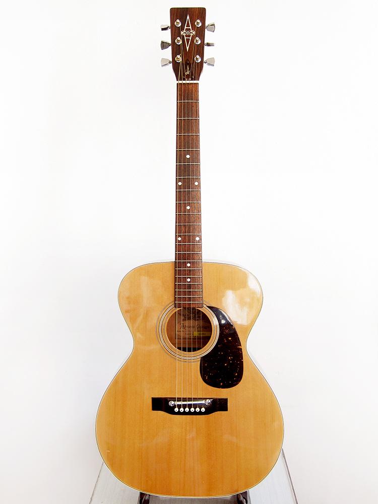alvarez guitars serial number lookup